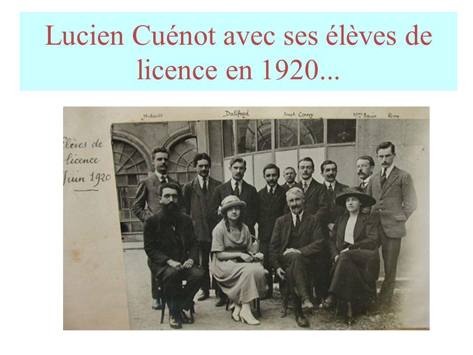Lucien Cuénot avec ses élèves de licence en 1920...