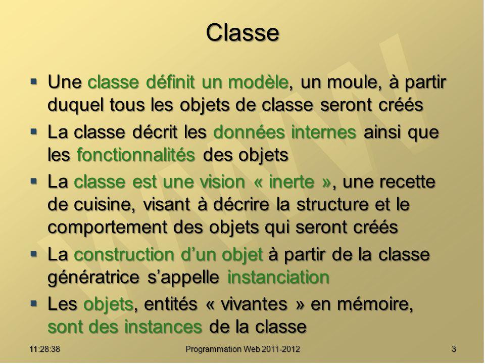 Classe Une classe définit un modèle, un moule, à partir duquel tous les objets de classe seront créés.