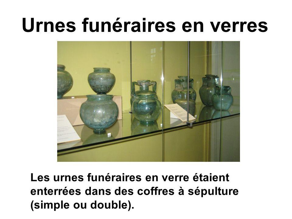 Urnes funéraires en verres