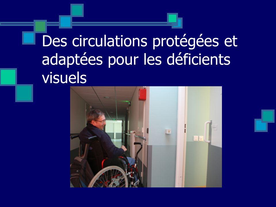 Des circulations protégées et adaptées pour les déficients visuels