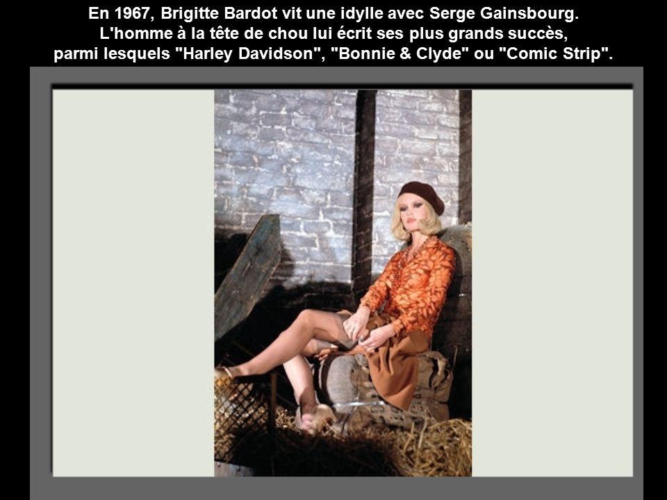 En 1967, Brigitte Bardot vit une idylle avec Serge Gainsbourg.
