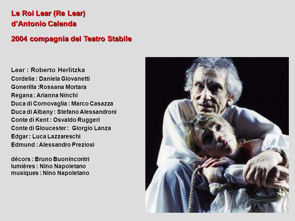 2004 compagnia del Teatro Stabile
