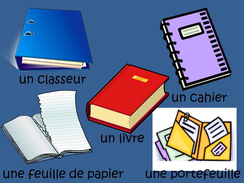 un classeur un cahier un livre une feuille de papier une portefeuille