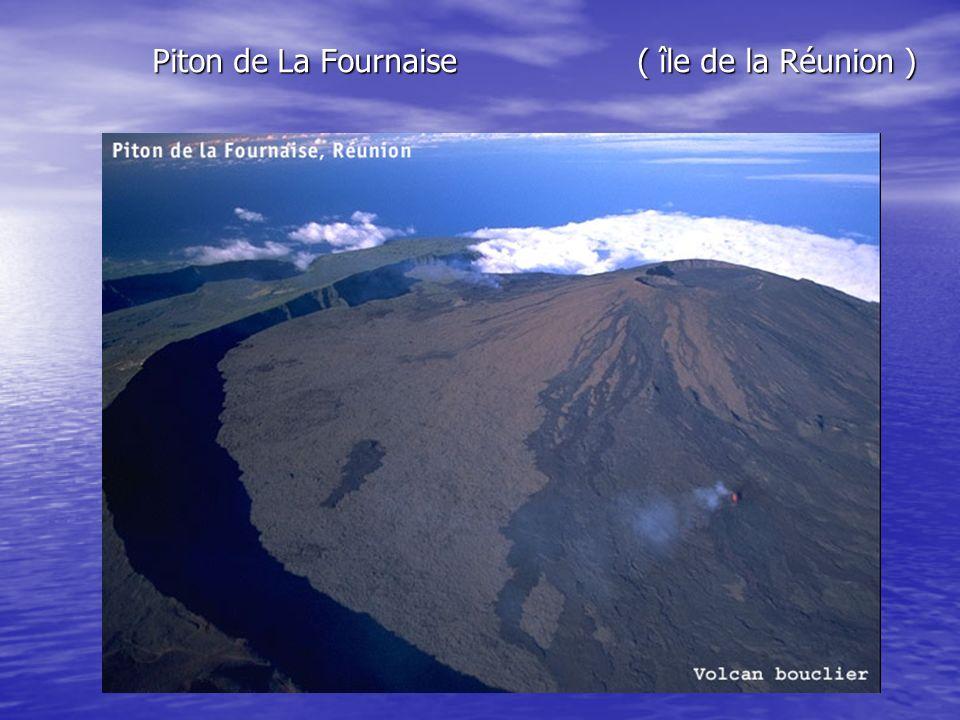 Piton de La Fournaise ( île de la Réunion )