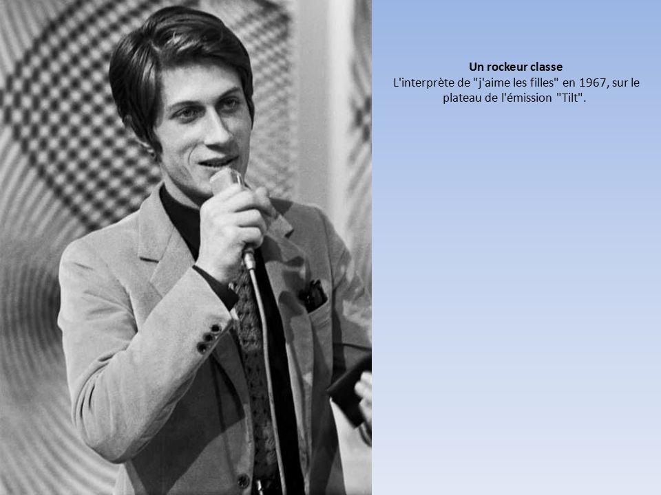 Un rockeur classe L interprète de j aime les filles en 1967, sur le plateau de l émission Tilt .