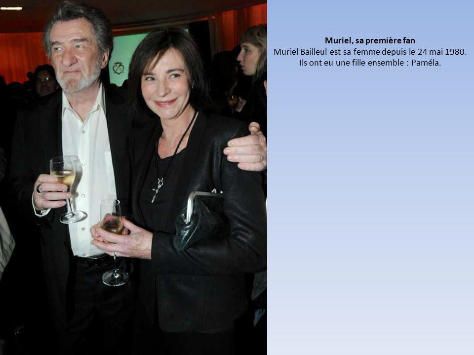 Muriel, sa première fan Muriel Bailleul est sa femme depuis le 24 mai 1980.