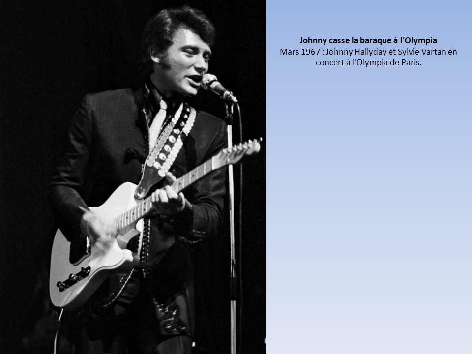 Johnny casse la baraque à l Olympia Mars 1967 : Johnny Hallyday et Sylvie Vartan en concert à l Olympia de Paris.