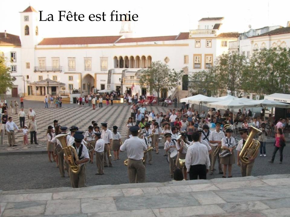 La Fête est finie 02/12/2011