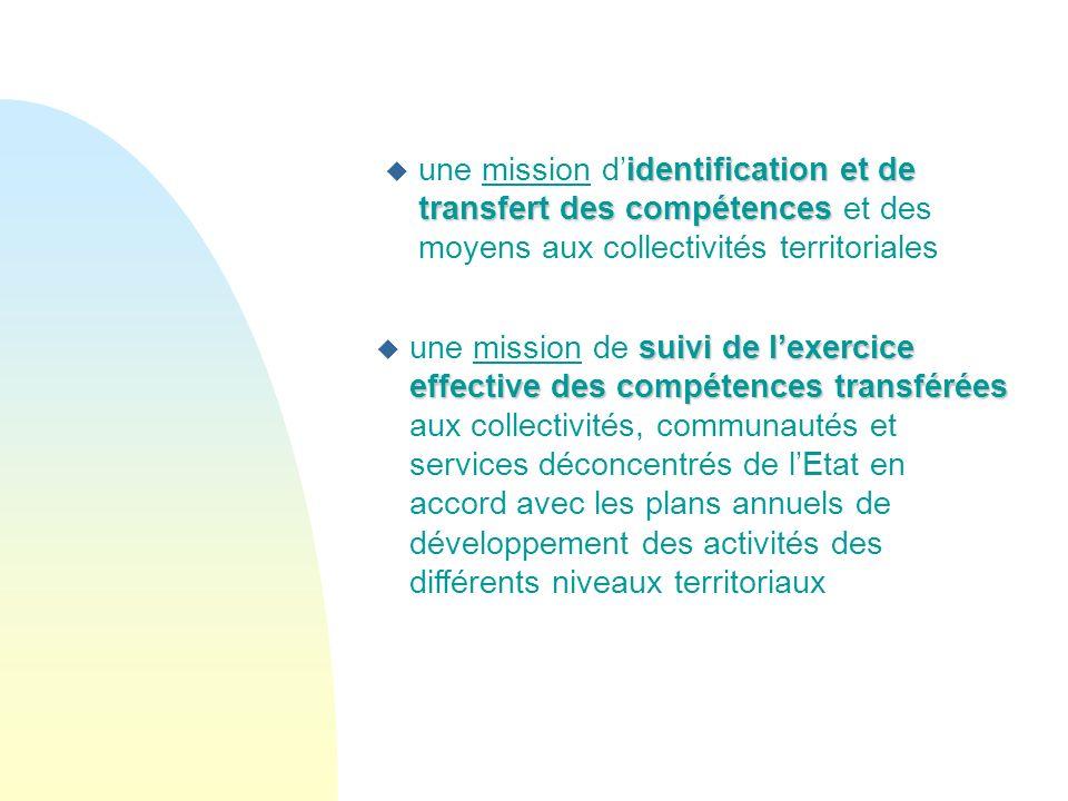 une mission d'identification et de transfert des compétences et des moyens aux collectivités territoriales