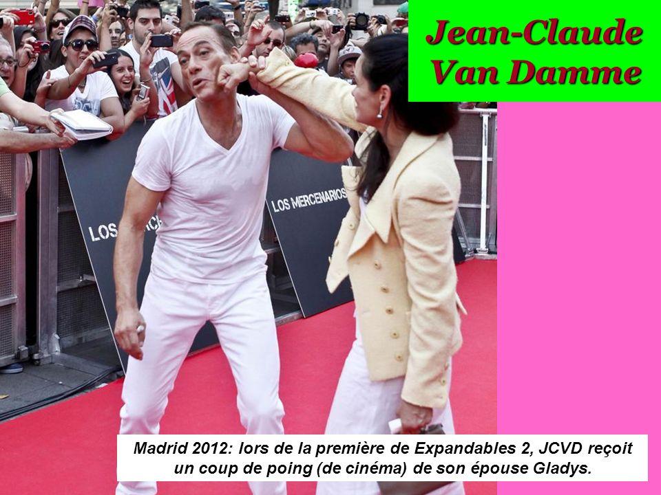 Jean Claude Van Damme Avec Son Chihuahua: Cliquez Ici Pour Commencer