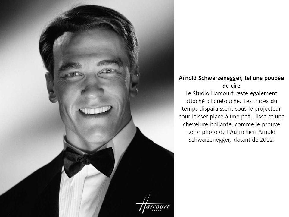 [ PRESENTATION ] Je me présente : YPY ,'-) - Page 2 Arnold+Schwarzenegger%2C+tel+une+poup%C3%A9e+de+cire+Le+Studio+Harcourt+reste+%C3%A9galement+attach%C3%A9+%C3%A0+la+retouche.